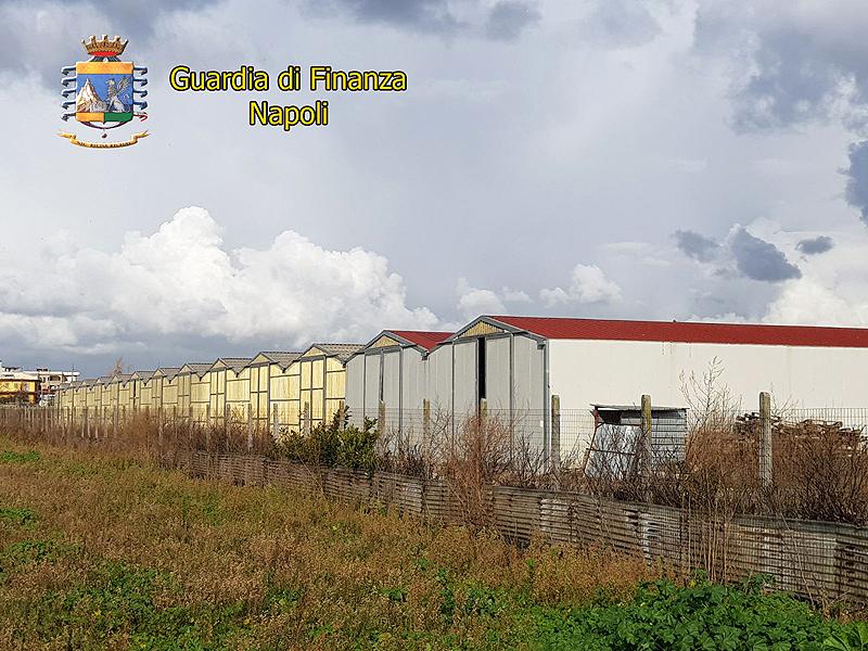 Pompei, sequestrati 13 capannoni con oltre 6000 tonnellate di rifiuti stoccati