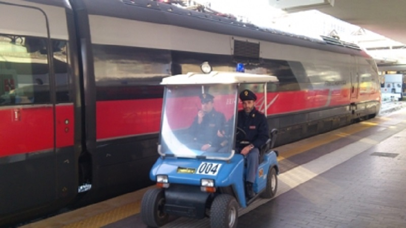 Sicurezza sui treni e nelle stazioni, durante le feste controllati 1600 viaggiatori