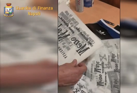 Sequestrato nel Napoletano opificio del falso, in 3 ai domiciliari