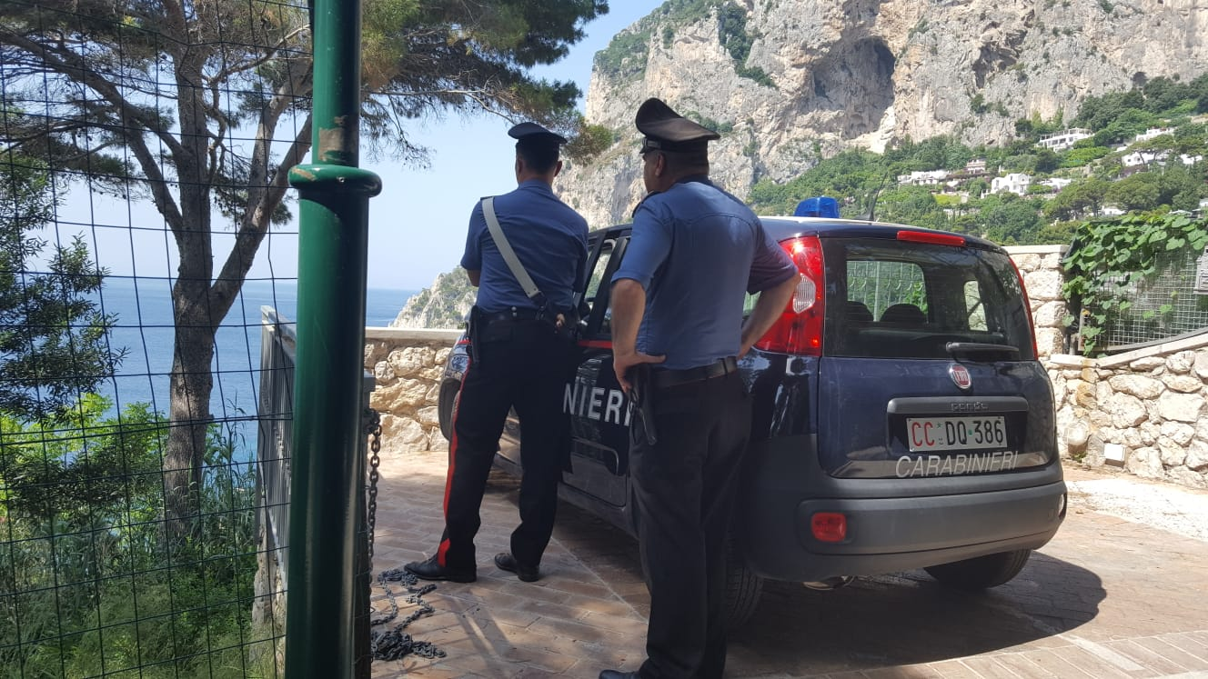 Capri, via Krupp:  sotto sequestro  manufatti abusivi