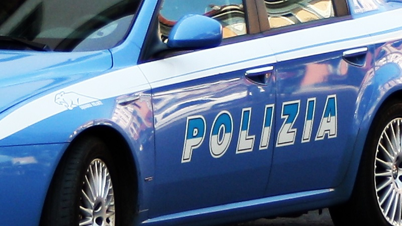 Documenti falsi, madre e figlia finiscono in manette