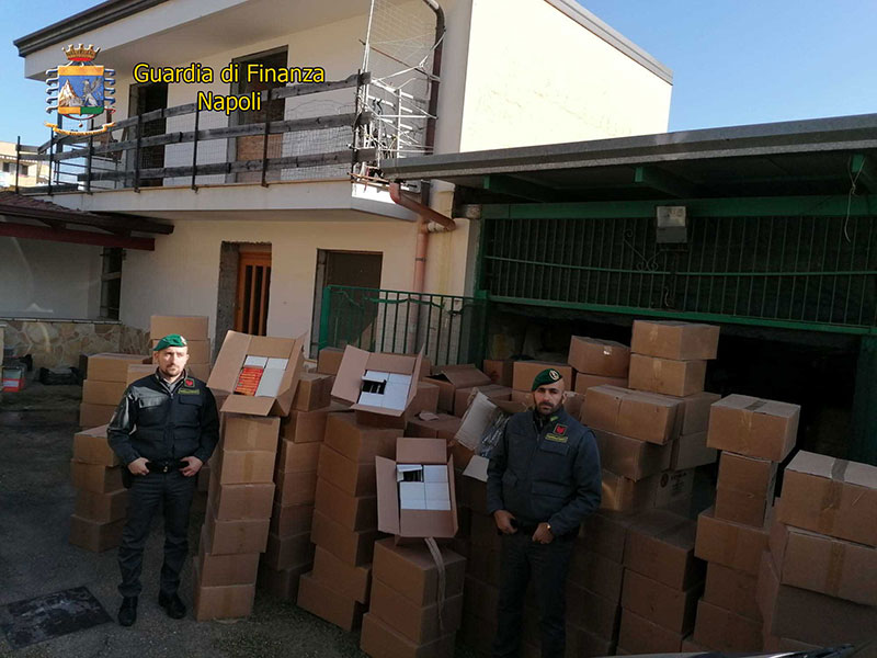 Fuochi illegali: sequestrate 2,5 tonnellate di Cobra e Red Thunder